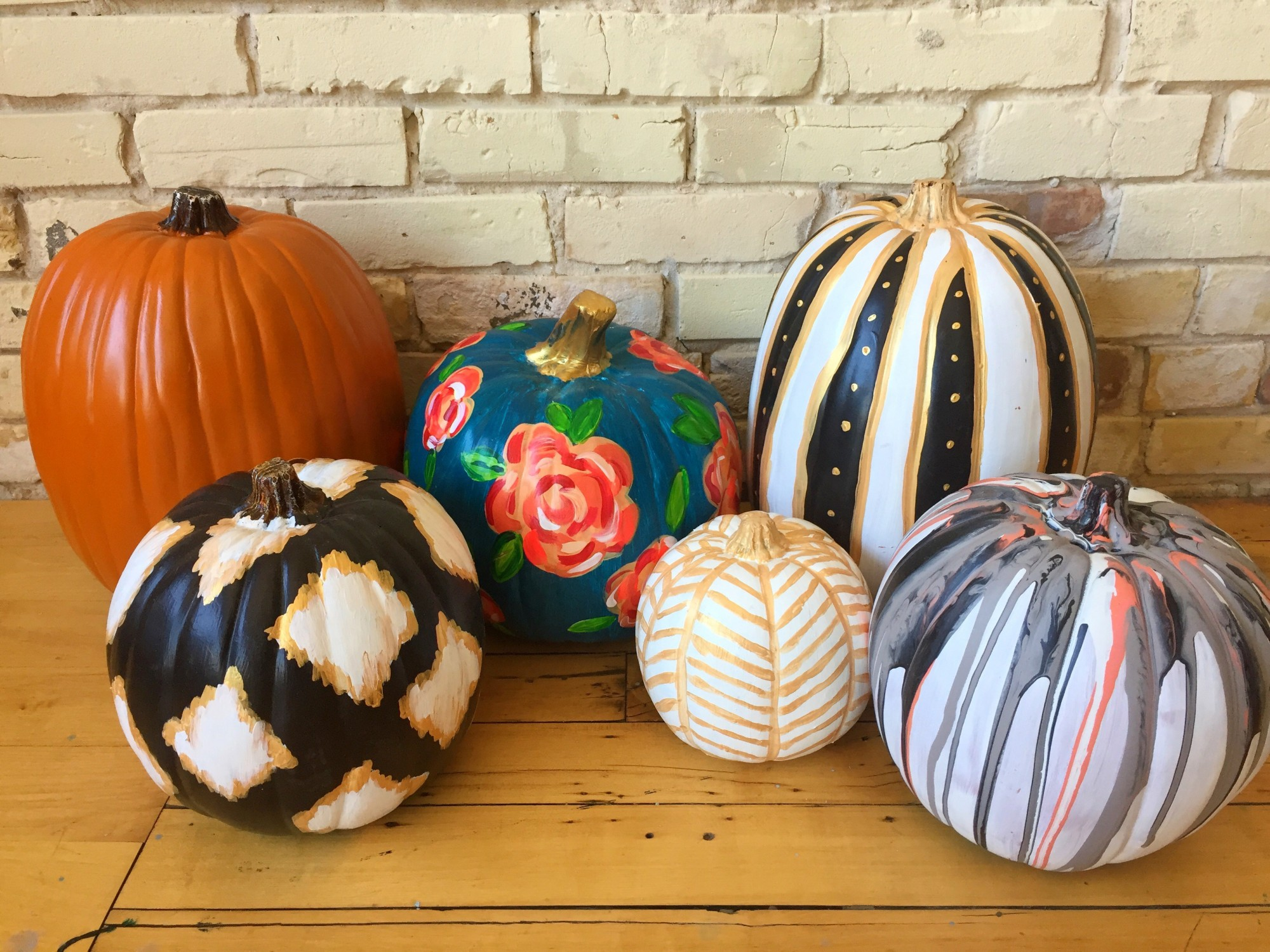 Paint a Pumpkin Freestyle $25 WineDown Wednesday!